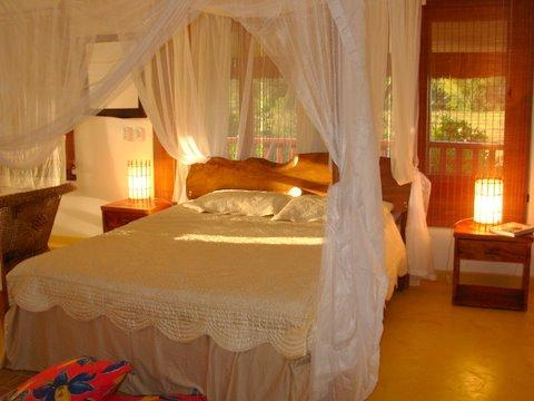 masterbedroom - PRICE VALUE DOLLARS: Charming beach house in unique Trancoso Delta  price for 6 people reduce for less - Trancoso - rentals