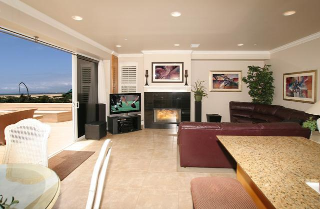 Living Room - Beachfront 3 Bedroom Southern California - Sunset Beach - rentals