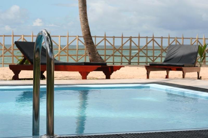 Pool from the veranda - Six Degrees North - Hikkaduwa - rentals