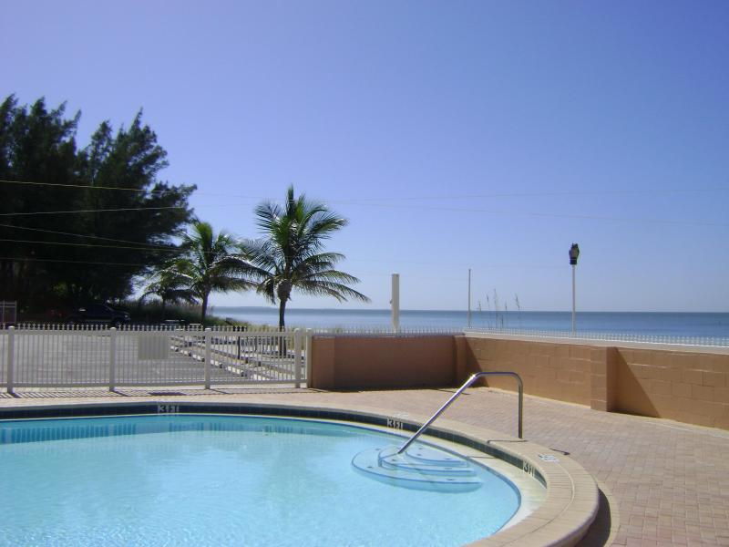 Sunset Chateau 406- Oceanfront 1 Bedroom, Pool - Image 1 - Treasure Island - rentals
