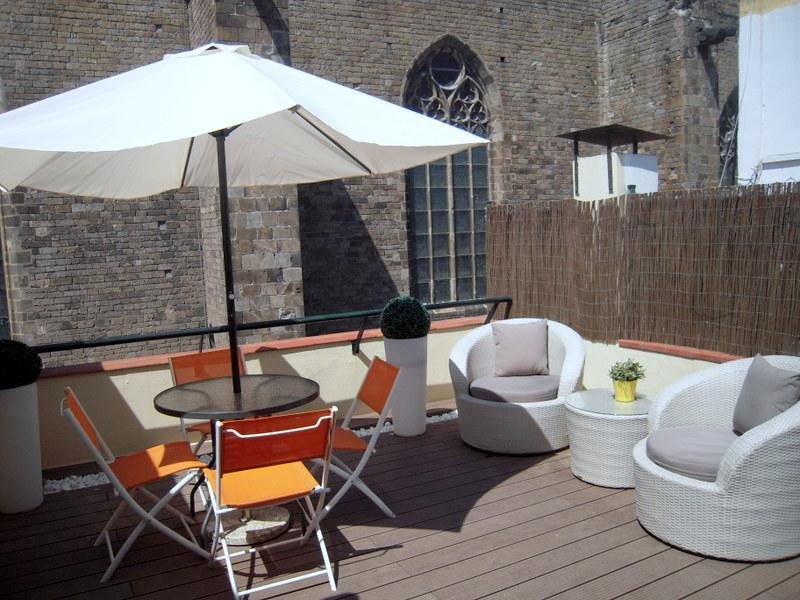Terrace with view to Sta. maria del Mar Cathedral - PENTHOUSE IN THE GOTHIC QUARTER WITH FREE WIFI - Barcelona - rentals