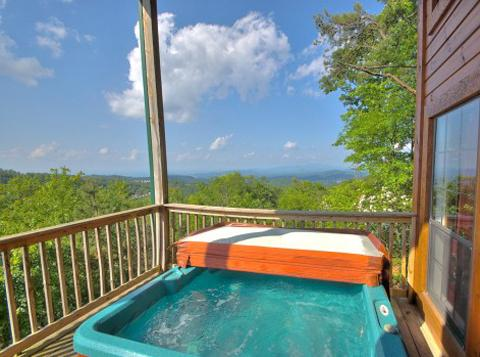 Luxury Mountain View Home. King Beds. Pool Table - Image 1 - Gatlinburg - rentals