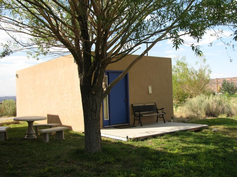 Shady Back Porch and Lawn - Studio Cabin Perfect for Two - Moab - rentals