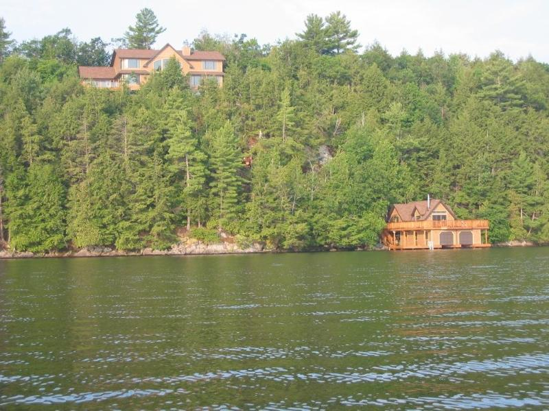 Luxury Cottage/ Boathouse Skeleton Lake Muskoka - Image 1 - Muskoka - rentals