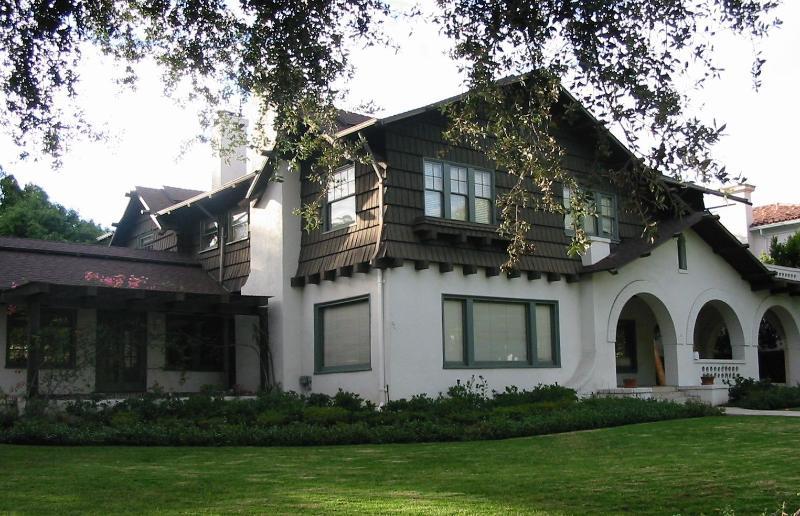 exterior on Rodeo Drive - Rodeo Drive Villa - Beverly Hills - rentals