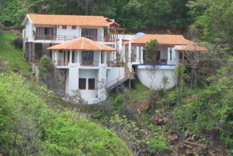 La Joya Vacation Rental - Casa La Joya - Luxurious Oceanfront -Redonda Bay - Tola - rentals
