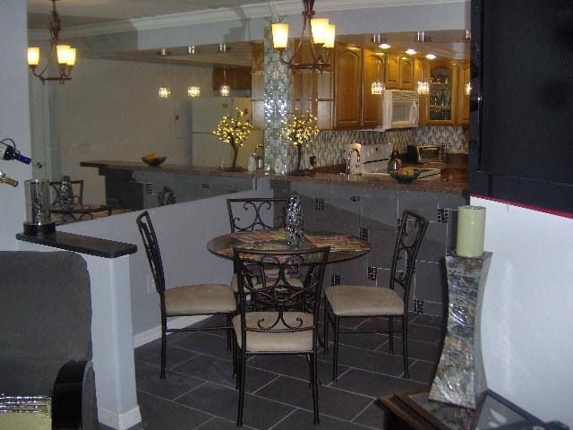 Dining room - Paradise Lakes Clothing Optional Nudist Resort. 2BR 2.5 BA Townhouse - Lutz - rentals