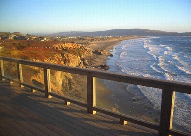 "The view from your deck is stunning!! - ""Sea Glass""Stunning Bluff Home,walk to Beach! Hot Tub! 3 nights for 2!! - Dillon Beach - rentals"