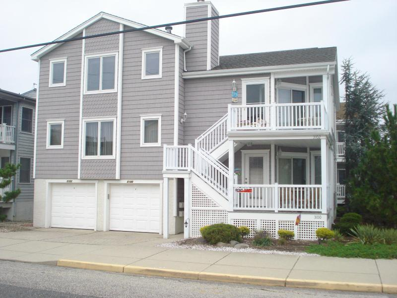 Exterior Front View - Beauty & The Beach - Ocean City - rentals