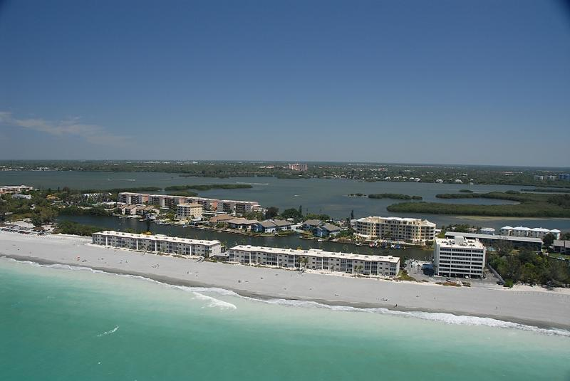 Aerial View of Fisherman's Cove condo at Turtle Beach on Siesta Key Florida - Beachfront - Ground floor - 2BR - Free Boat docks - Siesta Key - rentals