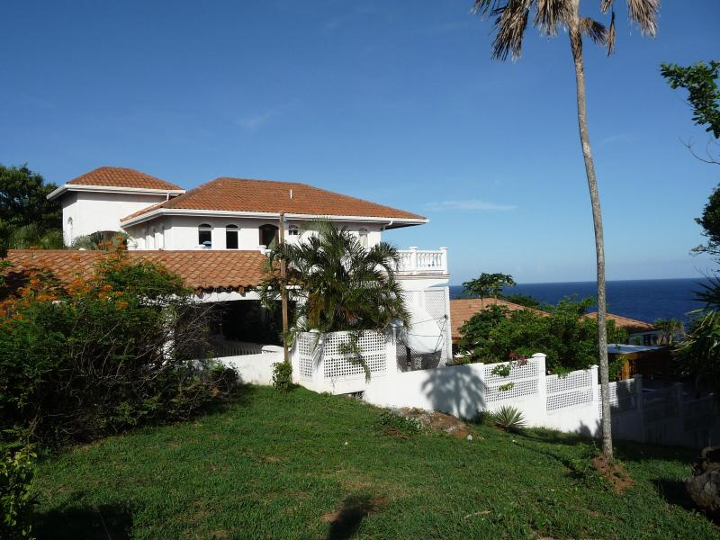 Belvedere - Unique West Bay Location, Villa with  Pool - West Bay - rentals