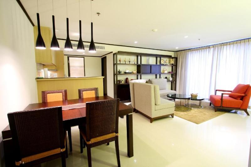 1 Bedroom High Floor Apt Sukhumvit Soi 13 Bangkok - Image 1 - Bangkok - rentals