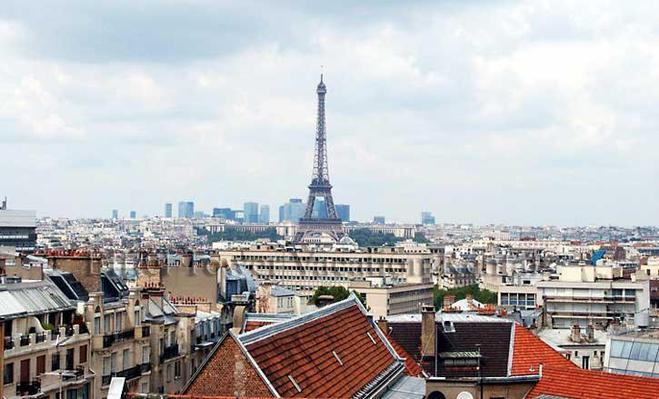 View of the Eiffel Tower from the apartment - Eiffel Tower Tradition Apartment - Paris - rentals