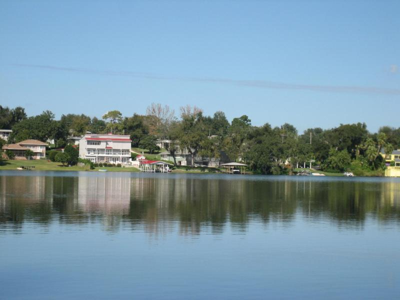 House from lake - Winter Haven, FL- Lakefront, Waterski Home - Winter Haven - rentals