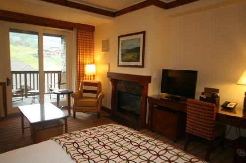 Studio 301 at Stowe Mountain Lodge - Image 1 - Stowe - rentals