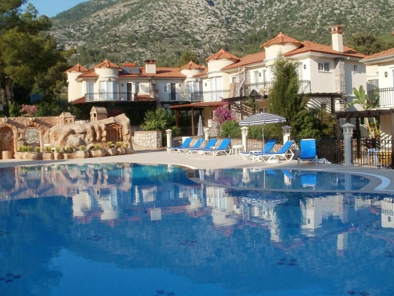 The pool in the evening sun 2013 - 3 bed Villa in superb location near to Olu Deniz - Fethiye - rentals