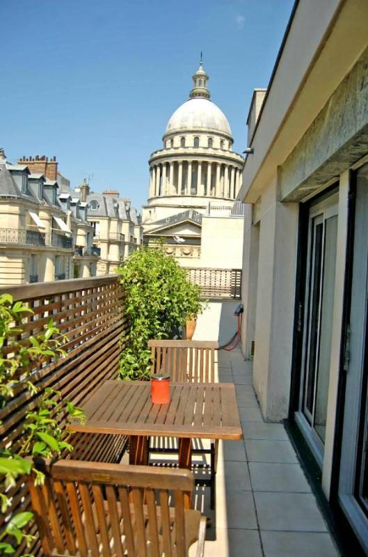 Elegant studio with balcony overlooking Pantheon - Image 1 - Paris - rentals
