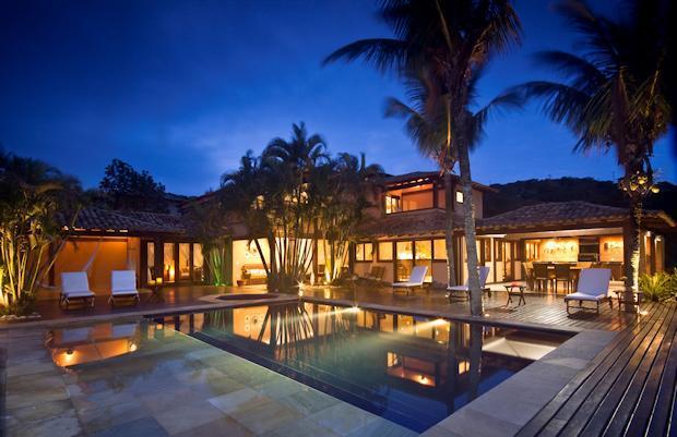 Villa Casa Boa Vista at Night - Staffed Villa, Ferradura Beach -Private Pool - Buzios - rentals