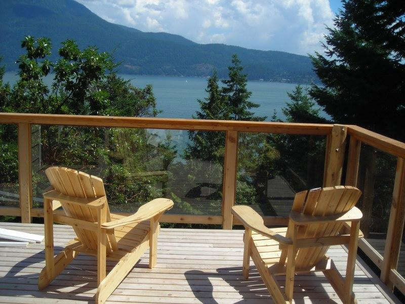 View from side deck - Breathtaking View, Tranquil Setting, Cozy House - Bowen Island - rentals