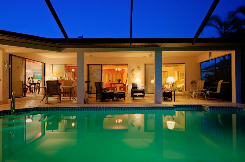 Our pool is lighted for moon light swims. - SUNNY POOL GULF ACCESS CANAL 3 BEDROOMS HOUSE - Cape Coral - rentals