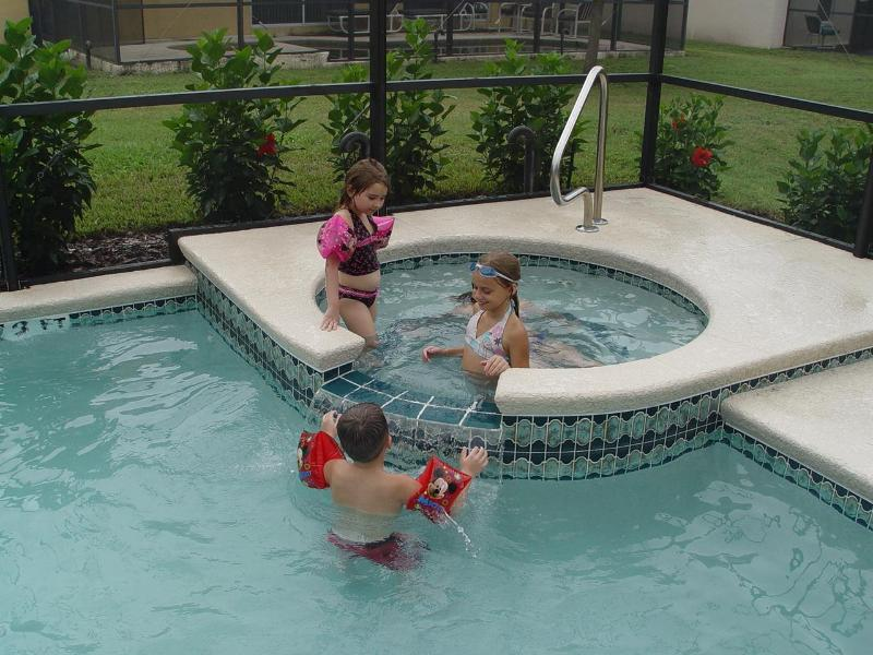 Children in the Pool - Gated, Secure and only $99/night for 6 Bedrooms - Kissimmee - rentals