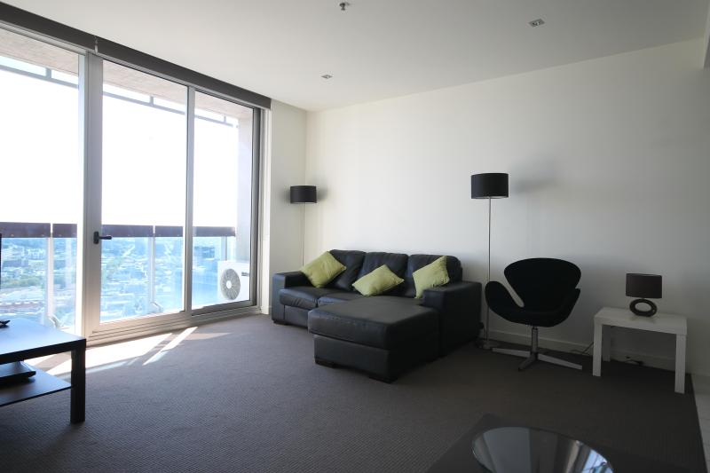 Great living room - 2 bedroom furnished apartment rental  in CBD - Melbourne - rentals