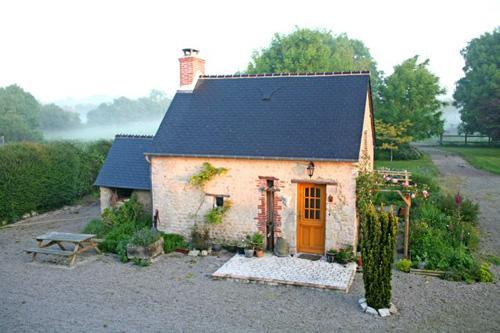 the cottage - Look - couples only - in heart of 101st D Day zone - Sainte-Mere-Eglise - rentals