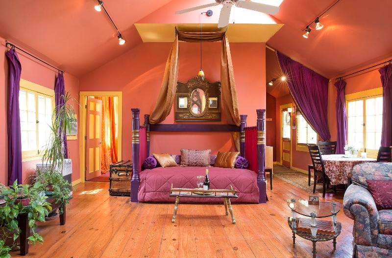 Sultan-style day bed under skylights and a ceiling fan in the great room - Luscious & Romantic Sultan's Den, walk to town! - Woodstock - rentals