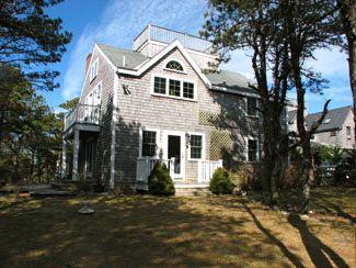 3 Bedroom 3 Bathroom Vacation Rental in Nantucket that sleeps 9 -(9870) - Image 1 - Nantucket - rentals