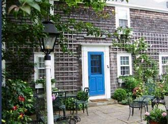 2 Bedroom 1 Bathroom Vacation Rental in Nantucket that sleeps 4 -(9878) - Image 1 - World - rentals