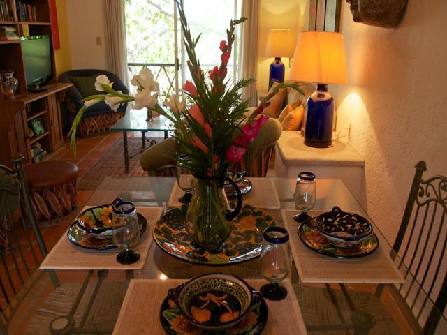 dining and living area - LAS FLORES IXORA - 100 meters to beach, ocean view - Playa del Carmen - rentals