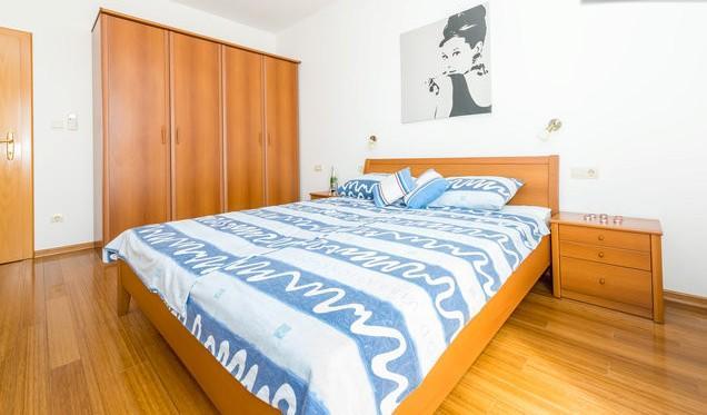 Villa Elza in Orasac - Room II - Image 1 - Dubrovnik - rentals