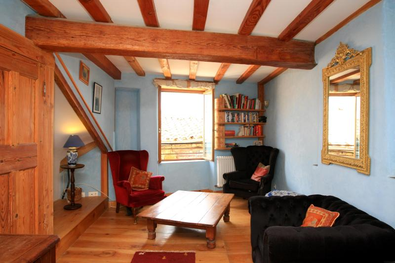 The living room - MAISON DE L'EGLISE - A beautiful walk to Rennes - Quillan - rentals
