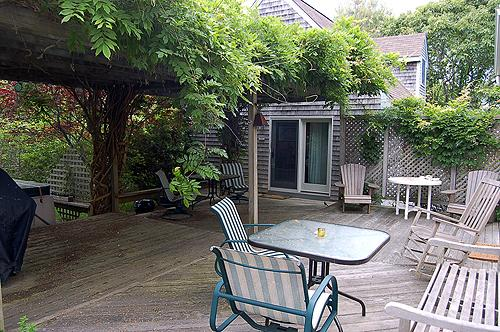 1588 - LOVELY MAIN AND GUEST HOUSE WITH A GREAT PATIO FOR FAMILY GATHERINGS - Image 1 - Edgartown - rentals