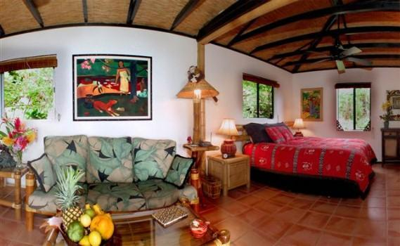 Jungle Cottage Interior #1 - ROMANTIC HONEYMOON HIDEAWAY - CUTE JUNGLE COTTAGE! - Captain Cook - rentals