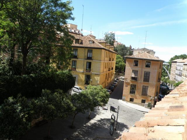 VIEW - APARTMENT IN  HISTORICAL BUILDING  MADRID CENTRE - Madrid - rentals