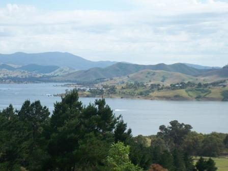 Peppin Point views - Ah..The Serenity..Stunning Lake Mountain views - Victoria - rentals