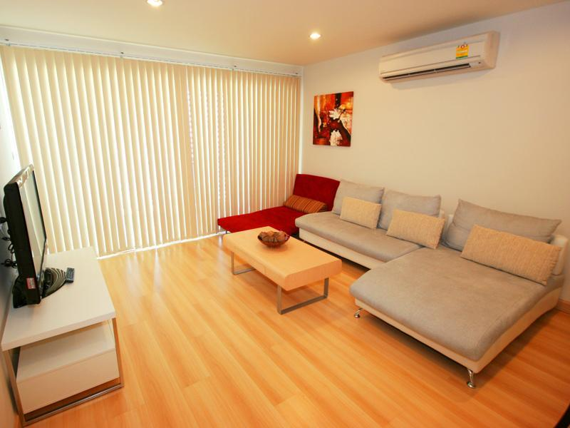 2-bedroom condo in the heart of Hua Hin-free maid - Image 1 - Hua Hin - rentals