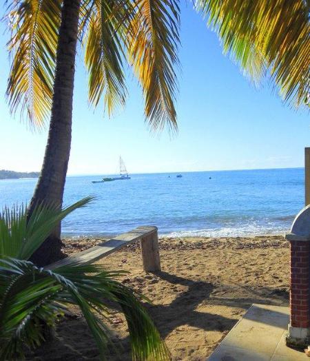 Swimming Beach Less than a Minutes Walk - 4 BED/ 3 1/2 BATH, POOL, STEP TO BEACH/DINING - Rincon - rentals