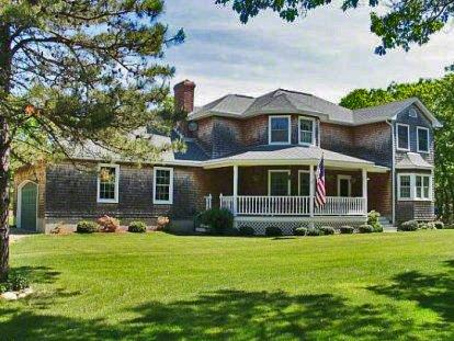 PARADISE FOUND: SECLUDED SPLENDOR ON BRIDLE PATH - OB BROC-45 - Image 1 - Oak Bluffs - rentals