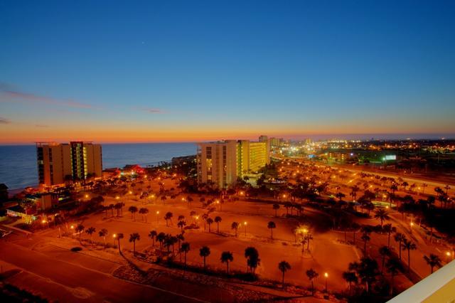 This top floor penthouse offers great sunset views. - Silver Shells Gulf Front Resort - Penthouse #6 - Destin - rentals