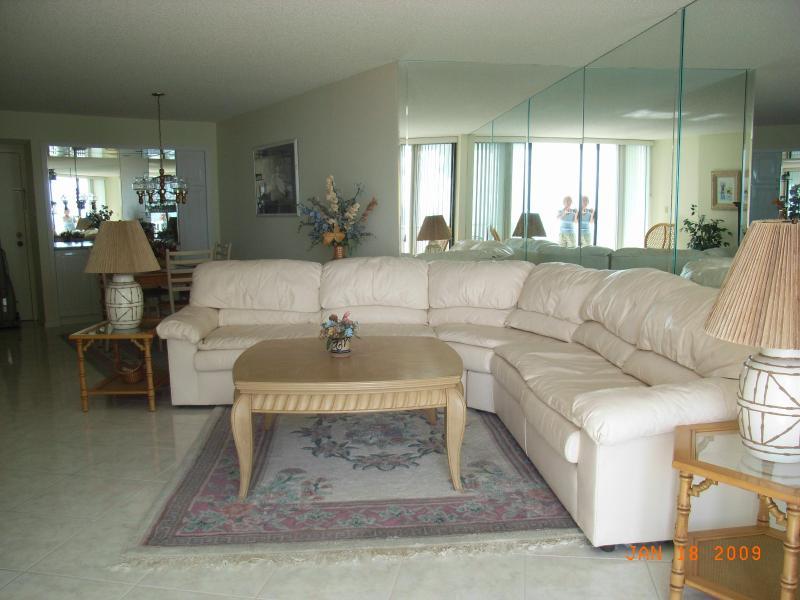 Living Room - Condo WIFI Rental in Marco Island - Beach Front - Marco Island - rentals