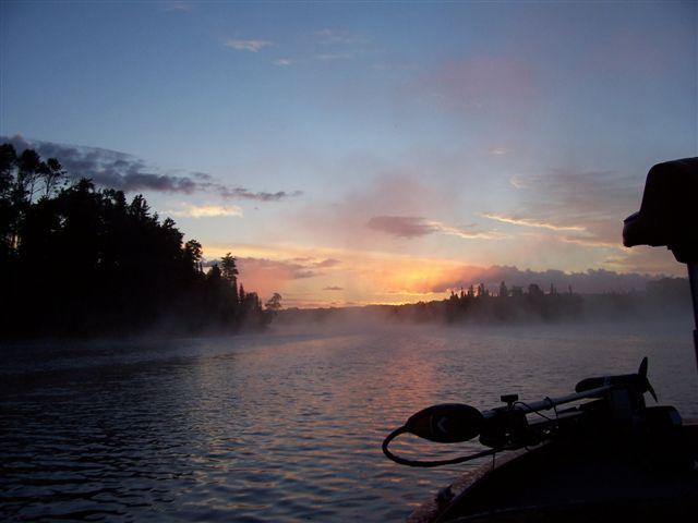 A beautiful morning trip up the lake - Remote cabin located in Northwestern Ontario - Ear Falls - rentals