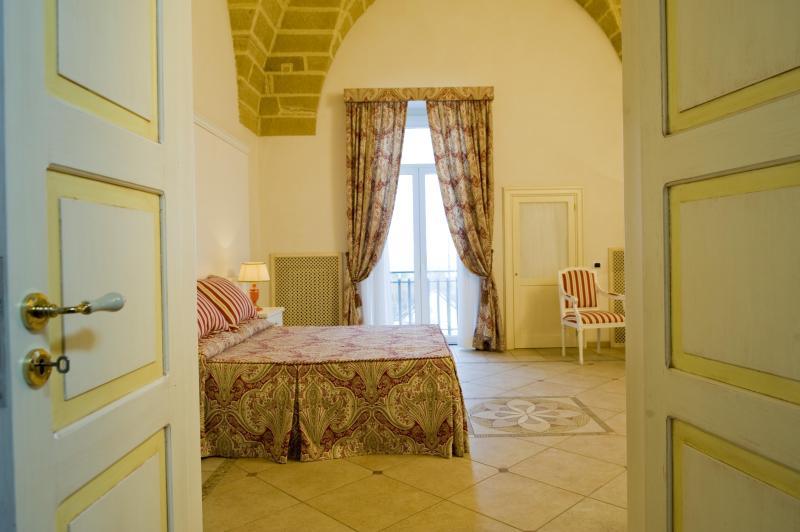Bedroom - Charming Flat ''Dimora Stelle sul Corso'' - Gallipoli - rentals