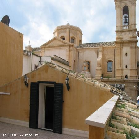 Studio apartment - terrace - view on St. Domenico church - Studio apartment in the heart of Noto's Baroque - Noto - rentals