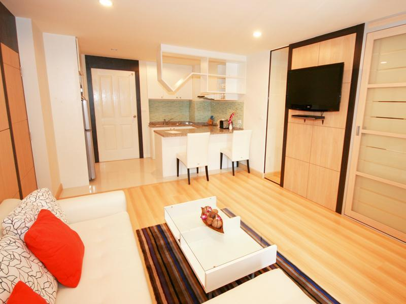 living room - Beautiful1-bedroom condo in the heart of Hua Hin - Hua Hin - rentals