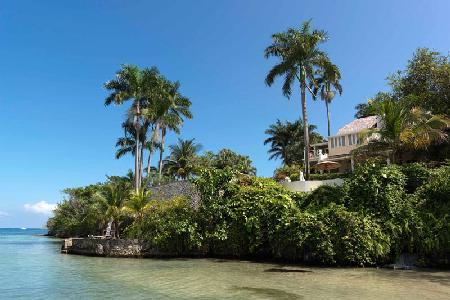Rio Chico Estate on 14 Acres with Private Shoreline, Tennis, Gym - Image 1 - Ocho Rios - rentals
