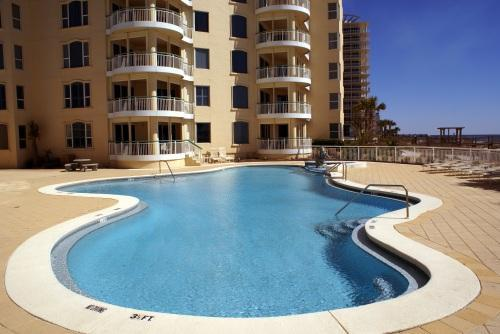 3 Pools at Beach Colony: 1 indoor heated pool, 2 outdoor pools - Beach Colony Oceanfront 3rd Flr Condo, 1 KG/2 QN, Cvrd Parking, 3 Pools, Tennis - Perdido Key - rentals