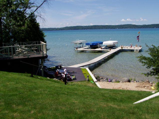 Torch Lake Turquoise Waters (2 Cottages available) - Image 1 - Bellaire - rentals