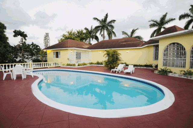 Pool Deck - Enjoy True Jamaican Hospitality at Davelyn Villa - Montego Bay - rentals